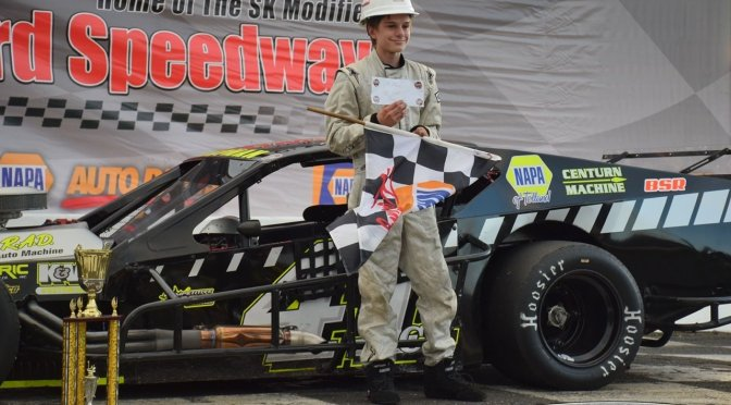Chapman & L'Etoile Score Call Before You Dig 81 Feature Wins at Stafford Speedway