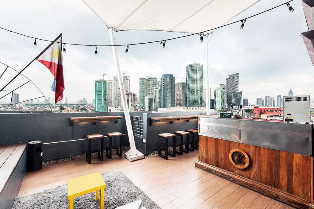 Z Hostel, Makati - RANGGO'S 100 Best in Service