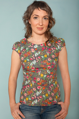 The Audrey Blouse comes in several prints. I love this one!