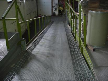 MVC-242S