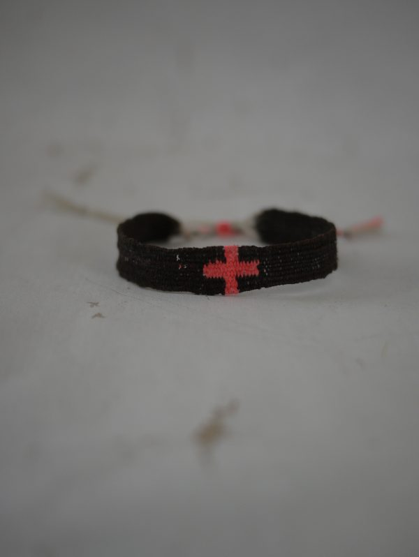 Myriam Balaÿ bracelet LOOM n°15 red cross