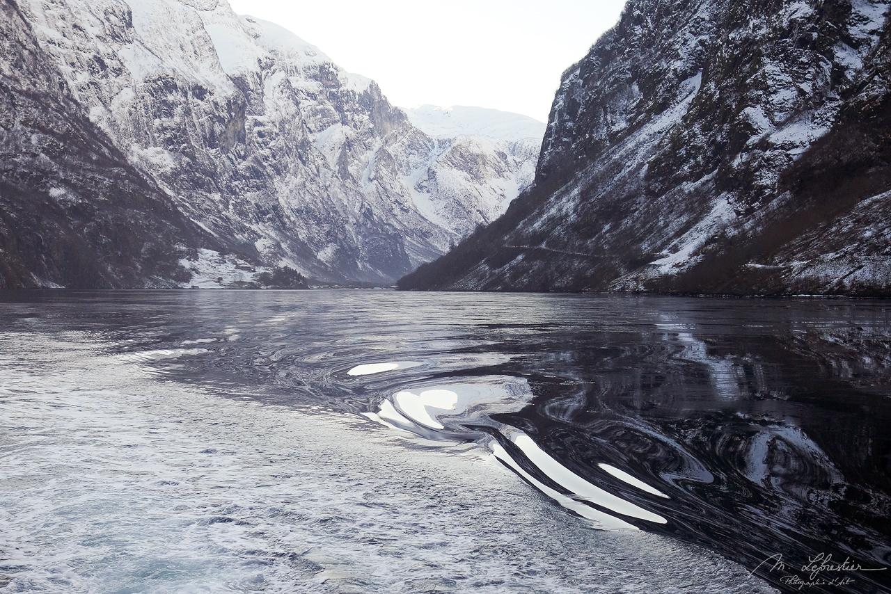 winter in Nærøyfjord