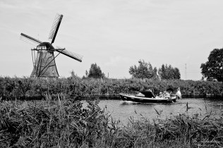 boat and winmill at Kinderdijk, Netherlands