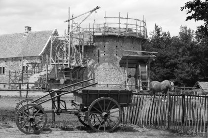 advancement of the Guedelon castle construction in 2011