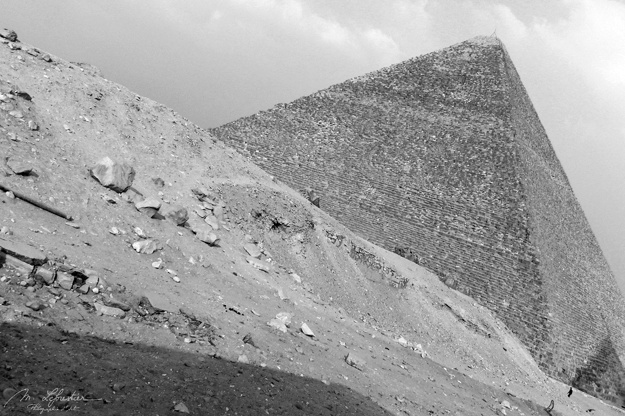 view on the pyramid of Cheops Kufu in Giza