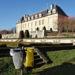 2 litter bins in front of the castle of Auvers sur Oise in France