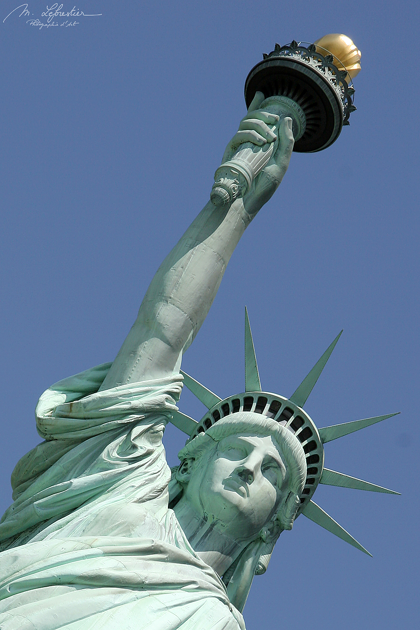 the head of the statue of liberty on Ellis island in new york city USA