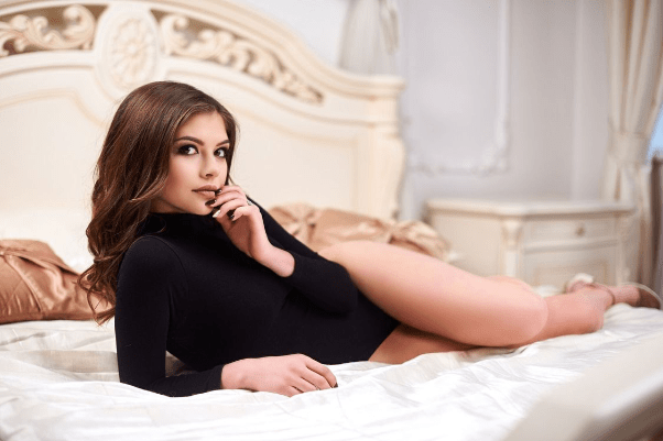 Attractive lady for love