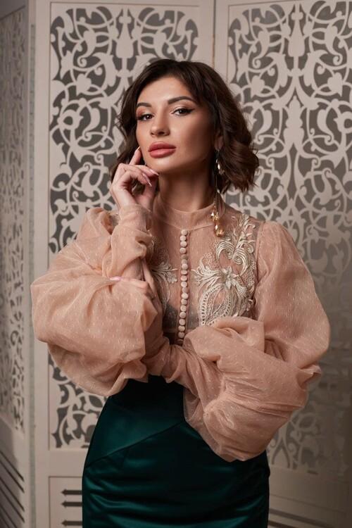 Natali russian bride dress