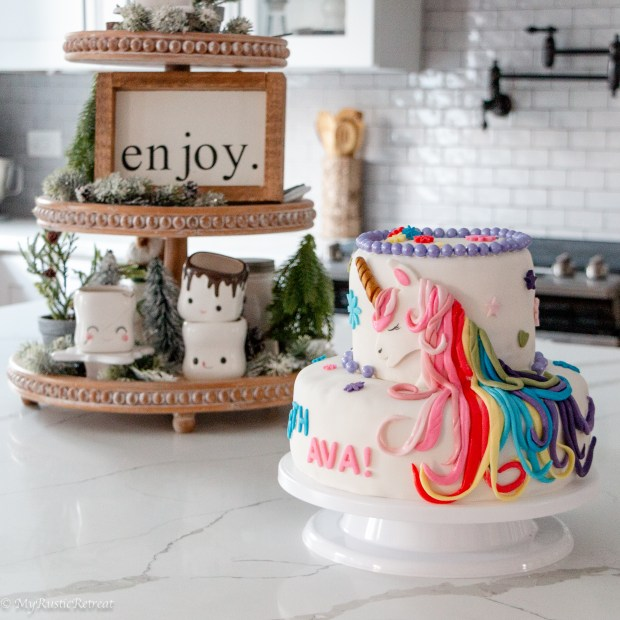 How to Make and Decorate a unicorn cake