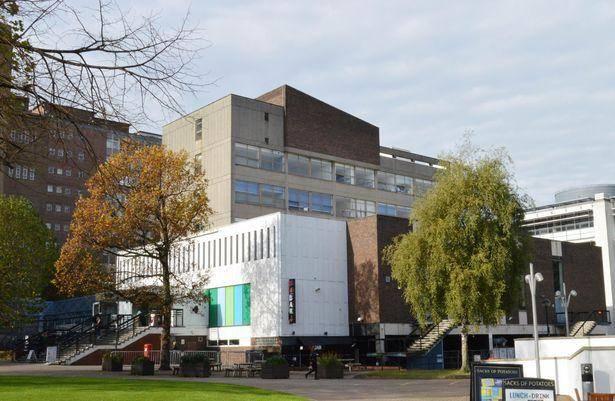 Enterprise Award Scholarship 2021 at Aston University – UK