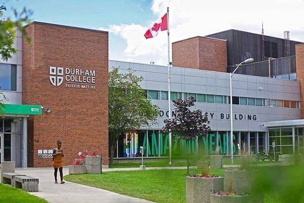 English Proficiency Entrance Scholarships 2021 at Durham College, Canada