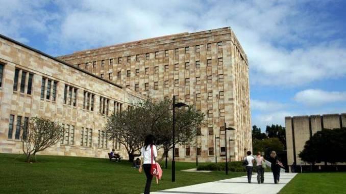 Science & Engineering Financial Hardship Bursary At QUT - Australia 2020