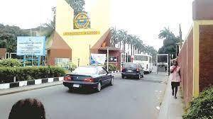 UNILAG in collaboration with LASG commences campus bus services