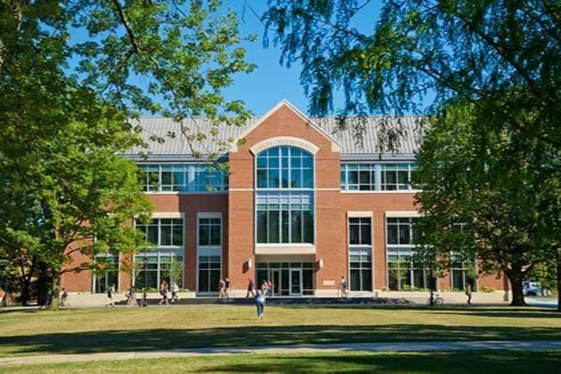 International Merit-Based Scholarship At Illinois Wesleyan University - USA, 2020