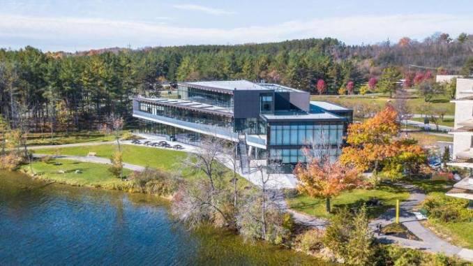 International Remembrance Scholarships 2021 at Trent University – Canada