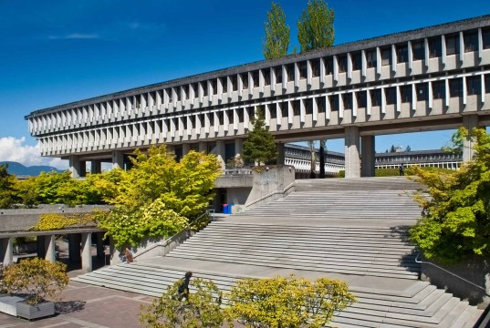 Scholars Entrance Scholarships At Simon Fraser University, Canada - 2018