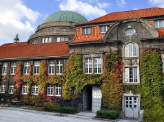 Degree Completion Grants For International Students At Universität Hamburg, Germany 2018