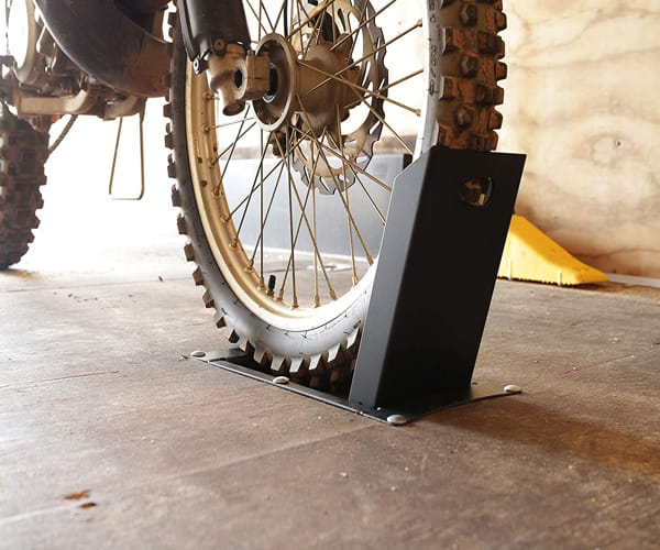 Motorcycle Wheel Chock Camco