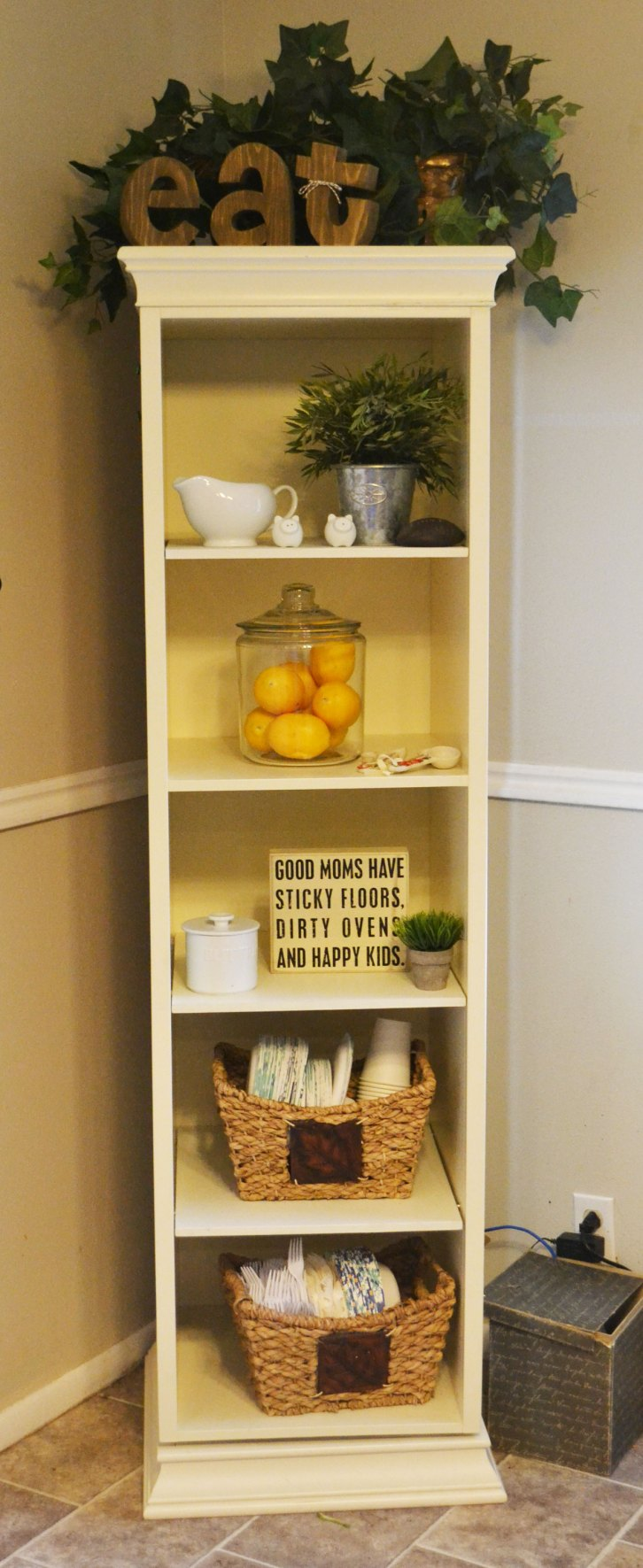 How to create functional open kitchen shelves | My Silly Squirts
