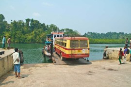 Bus crossing in large boats