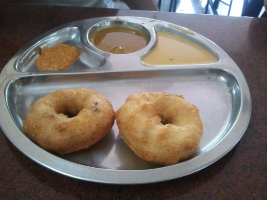 Vada for breakfast in Guruvayur