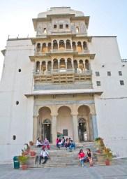 Monsoon palace inside