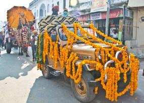 Pushkar camel fair decorated jeep
