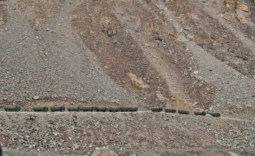Army truck line on the way to Khardungla Pass