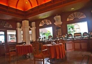 Bolgatty Palace and Island Resort Dining area