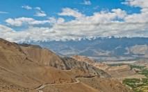 Leh to nubra valley via khardung la to south pullu