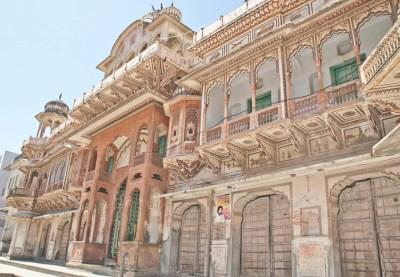 Pushkar market haveli