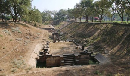 Sahastralinga Tank Patan