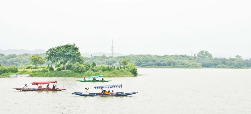 Sukhna lake Shikara boat