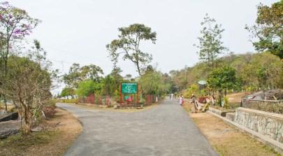 Thangkharang park inside