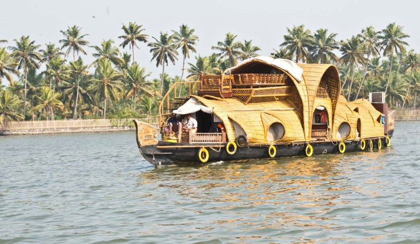 Ayurveda houseboat in Kerala Backwaters