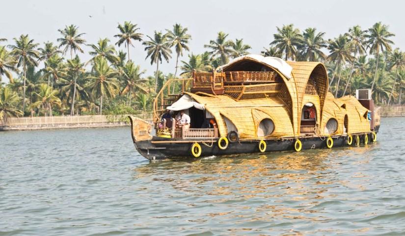 Ayurveda houseboat in Kerala Backwaters