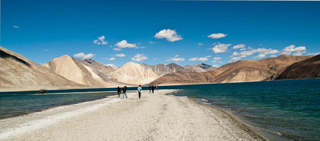 Things to know before planning Leh and Ladakh trip – Safety, climate & packing tips