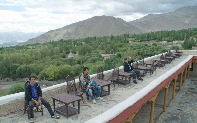 Stok Palace sitting area near wall