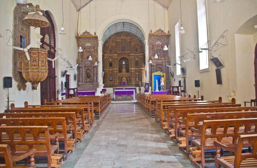 Inside of Bom Jesus Church Daman