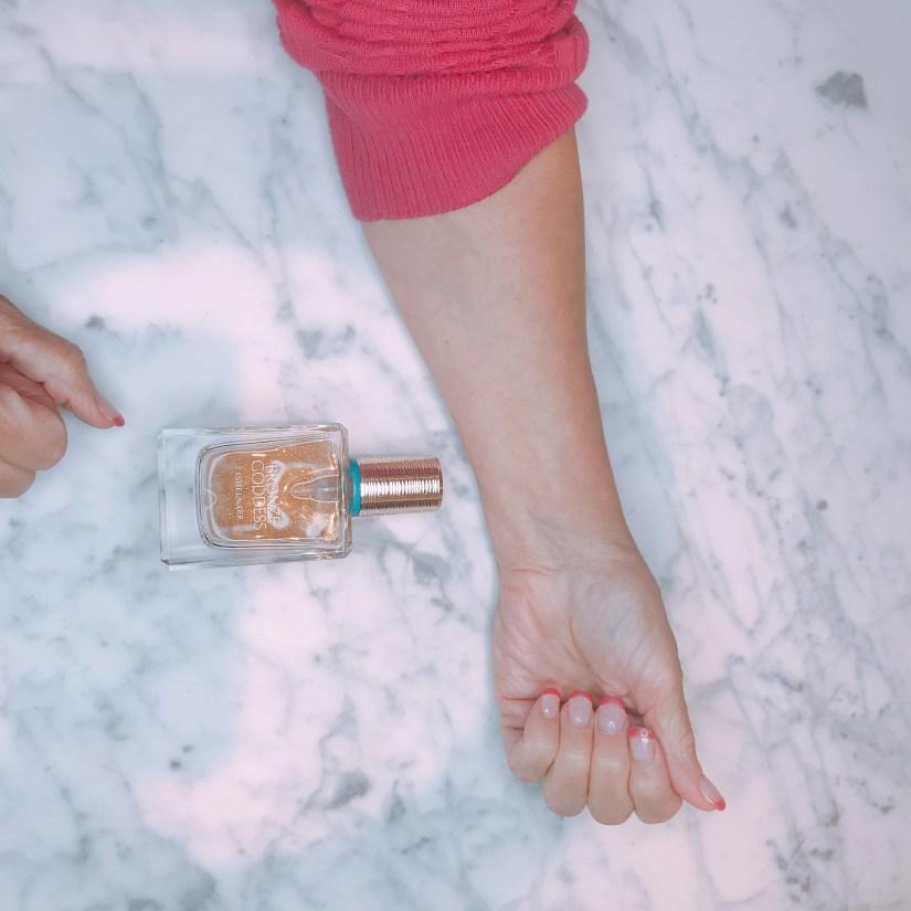 BG perfumed oil shimmer spray before