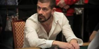 """Gus Hansen """"Up and Down"""" in $2k/$4k Bobby's Room Games"""