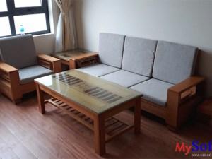 Chọn bàn ghế sofa gỗ cho phòng khách chung cư