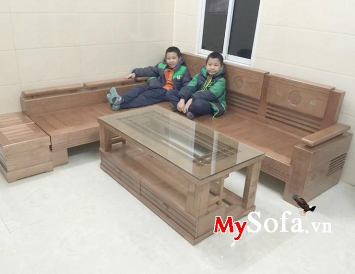 Ghế sofa gỗ sồi tự nhiên đẹp dạng góc chữ L kê phòng khách