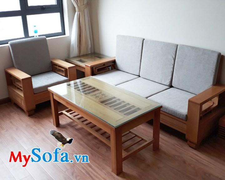 ghế sofa gỗ tự nhiên cho phòng khách chung cư