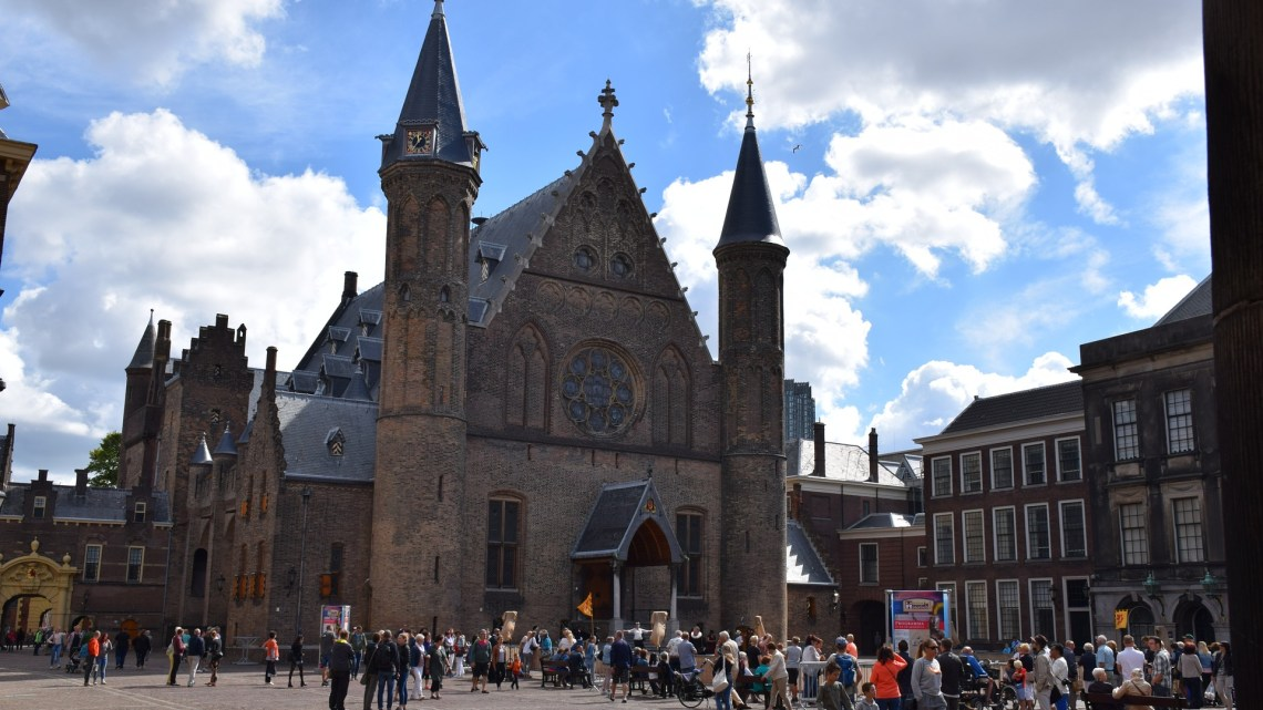 The Hague, royal city and government city