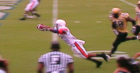Brad Lester scores his first touchdown of the 2007 season.