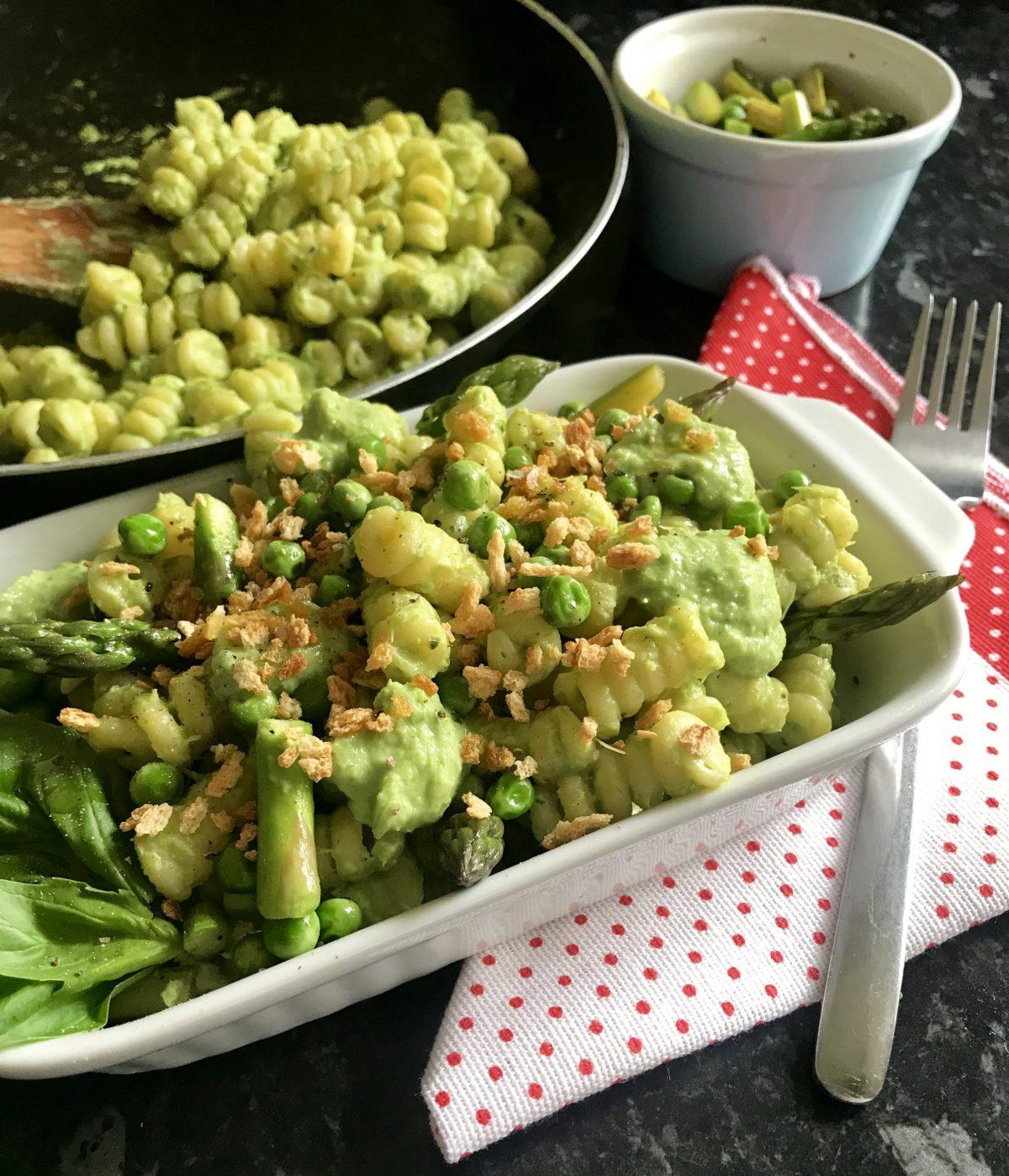 Epic Vegan Pasta with Cream of Asparagus