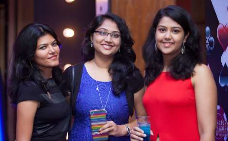 haircut, girls, friends, smile, pose, happy, poker, office colleagues, vasundhra, therapy, body positive