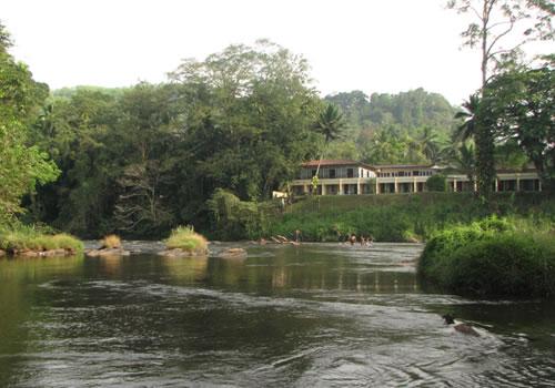 Kitulgala High grade rapids Sri Lanka white water rafting